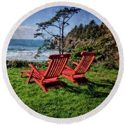 Red Chairs At Agate Beach Round Beach Towel