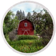 Red House Over Yonder Round Beach Towel