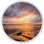 Reflect The Drama, Sunset At Fort Foster Park Round Beach Towel