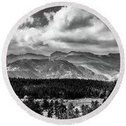 Rocky Foothills Bw Round Beach Towel
