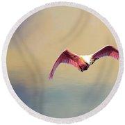 Roseate Spoonbill At Sunrise Round Beach Towel