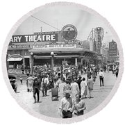 Rosemary Theater Santa Monica Round Beach Towel