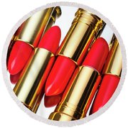 Rows Of Red Lipstick Round Beach Towel