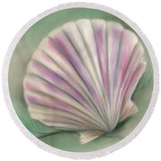 Scallop Shell With Pine Twigs Round Beach Towel
