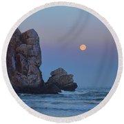 Snow Moon And Morro Rock Round Beach Towel