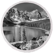 Spring Afternoon At Moraine Lake Black And White Round Beach Towel