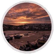 St Ives Cornwall - Harbour Sunset Round Beach Towel