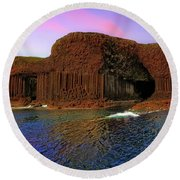 Staffa And Fingal's Cave - Scotland - Sunset Round Beach Towel