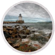 Summer Tides At Bug Light Round Beach Towel