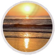 Sunrise At Surfers Paradise Round Beach Towel