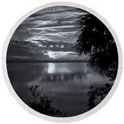 Sunset In Black And White Round Beach Towel