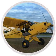 Super Cub At Daybreak Round Beach Towel