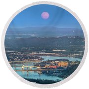 Super Moon Over Chattanooga Round Beach Towel