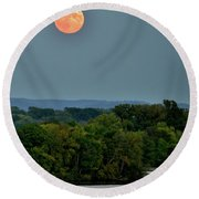 Supermoon On The Mississippi Round Beach Towel