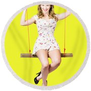 Swing Pinup Girl With Beauty Make-up And Hairstyle Round Beach Towel