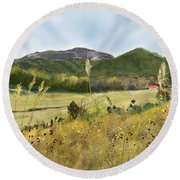Table Rock From Sc-11 Round Beach Towel