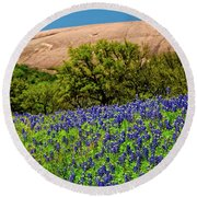 Texas Bluebonnets And Enchanted Rock 2016 Round Beach Towel