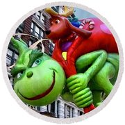 The Grinch Macys Thanksgiving Day Parade Round Beach Towel