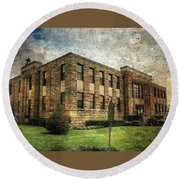 The Old County Courthouse Round Beach Towel