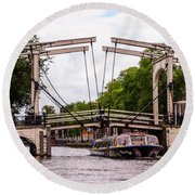 The Skinny Bridge Amsterdam Round Beach Towel