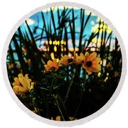The Sunflower's Sunset Round Beach Towel