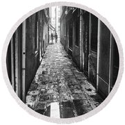 Venetian Alley Round Beach Towel