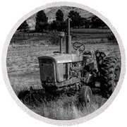 Vintage Tractor In Honeyville Bw Round Beach Towel