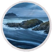 Water Flow At Stormy Sea Round Beach Towel