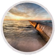 Waves And Sunset In Frankfort Round Beach Towel