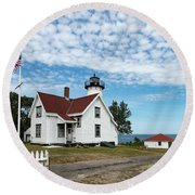 West Chop Lighthouse Marthas Vineyard Round Beach Towel