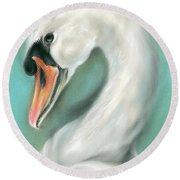 White Swan Portrait Round Beach Towel