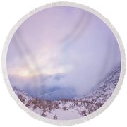 Winter Morning Light Tuckerman Ravine Round Beach Towel