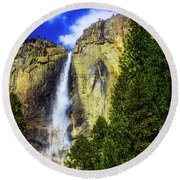 Yosemite Valley Fall In The Clouds Round Beach Towel