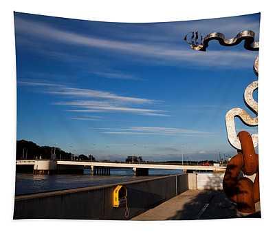 Oconnor Sculpture, Grattan Quay Tapestry