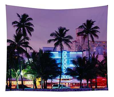 South Beach, Miami Beach, Florida, Usa Tapestry
