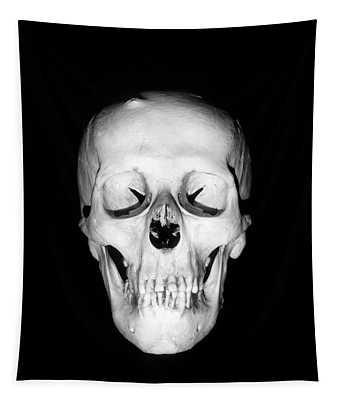 1930s Still-life Of Skull Floating Tapestry