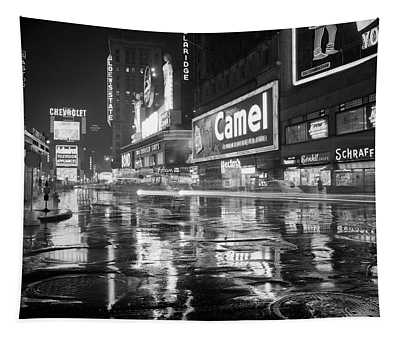 1950s Wet Rainy Streets Of Times Square Tapestry