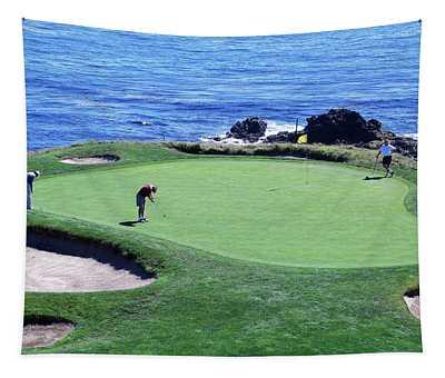 Golfers Pebble Beach, California, Usa Tapestry