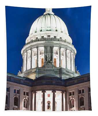 Wisconsin State Capitol Building At Night Tapestry
