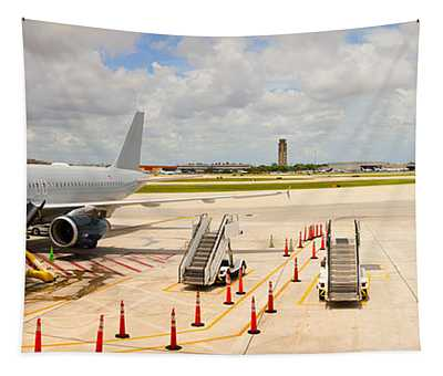Airport, Fort Lauderdale, Florida, Usa Tapestry