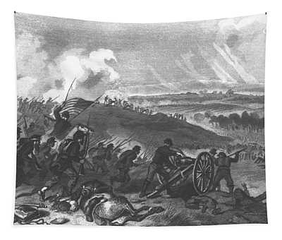 Battle Of Gettysburg - Final Charge Of The Union Forces At Cemetery Hill, 1863 Pub. 1865 Engraving Tapestry