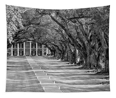 Beneath Live Oaks Bw Tapestry