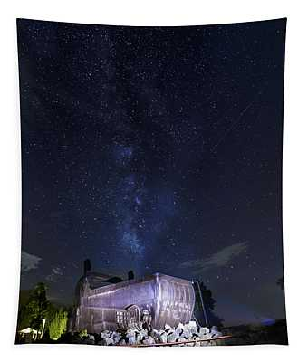 Big Muskie Bucket Milky Way And A Shooting Star Tapestry