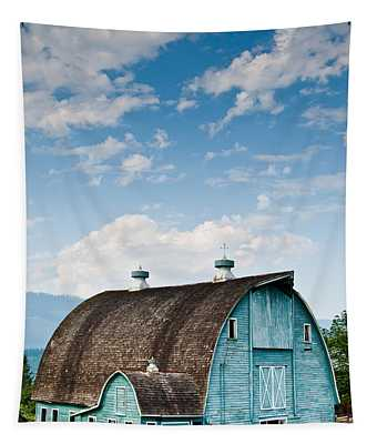 Blue Barn In The Stillaguamish Valley Tapestry