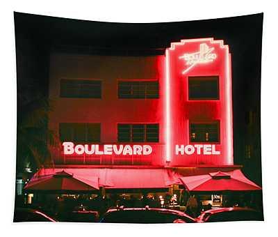 Boulevard Hotel Tapestry