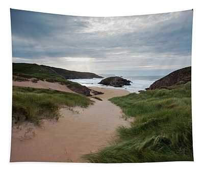 Boyeeghter Bay, Also Known As Murder Tapestry