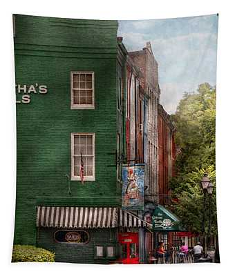 City - Baltimore - Fells Point Md - Bertha's And The Greene Turtle  Tapestry