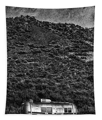 Cold Nights Under The Milky Way 1 Tapestry