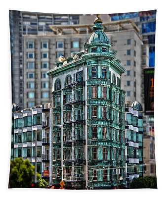 Columbus Tower In San Francisco Tapestry