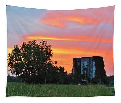 Country Sky Tapestry